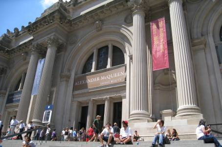The Entrance to the Metropolitan Museum